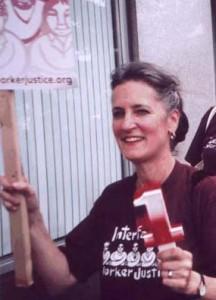 Kim Bobo, Executive Director of Interfaith Worker Justice, at 2008 Congress Hotel Strike. Photo:  Bob Roman, CDSA.
